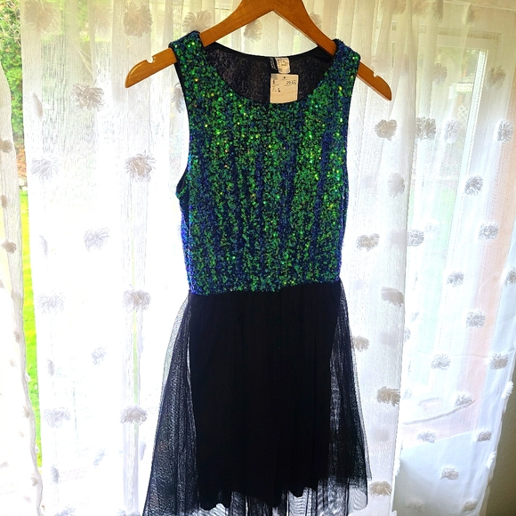 H&M DIVIDED Sequin tulle cocktail dress